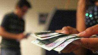 Reportarán a bancos que nieguen cambiar billetes falsos emitidos por la entidad