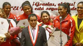"""Las """"Otaroladas"""": Presidente del Congreso cometió """"horrores"""" en homenaje a Matadorcitas"""