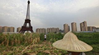 Noticias de las 7: Chinos crean réplica de Torre Eiffel para atraer oferta inmobiliaria