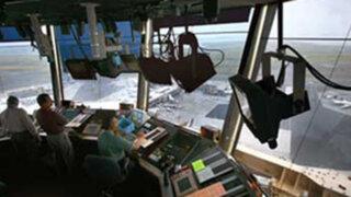 Controladores aéreos suspenderían paro tras acuerdo con congresistas