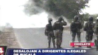 Chiclayo: Más de 500 policías desalojan a trabajadores de empresa Pucalá