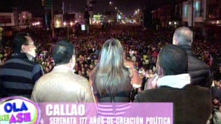 Cientos de chalacos bailaron y cantaron en la 'Serenata al Callao'