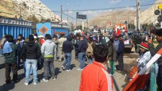 Cientos de cafetaleros volvieron a bloquear la Carretera Central