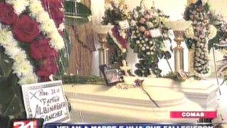 Familiares despiden a madre e hija que murieron en paseo a Cañete