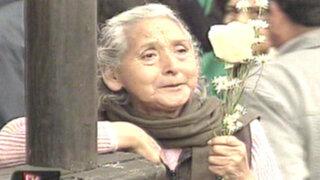 VIDEO: limeños llenan de cartas el Pozo de los Deseos de Santa Rosa