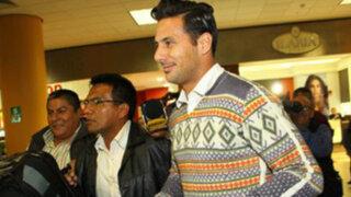 Selección peruana: Claudio Pizarro arribó a Lima para enfrentar a Uruguay