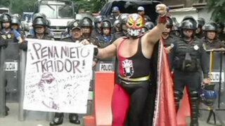 México: violentas protestas contra reforma educativa y energética de Peña Nieto