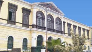 Denuncian que Instituto José Pardo está sumido en caos y abandono