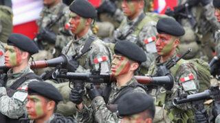 Ministro de Defensa aseguró aumento salarial para Fuerzas Armadas y PNP