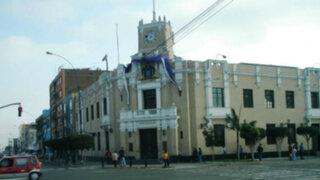 Mafias de cobradores de parqueos amenazarían Municipalidad de La Victoria