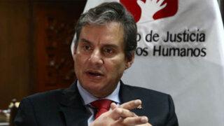 Ministro Figallo mantiene respaldo a Arbizu pese a denuncias por irregularidad
