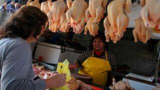 D'Medina: Baja del precio del dólar favorecerá disminución del precio del pollo