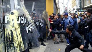 Trabajadores del Minsa protagonizaron fuertes protestas en el Centro de Lima