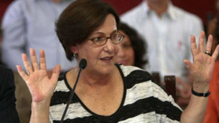 Villarán asegura que despido de Julio Sifuentes fue decisión de la Contraloría