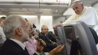 Italia: despiden a dos periodistas radiales por criticar al papa Francisco