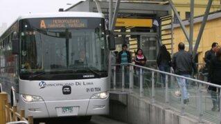 Autoridades infiltrarán a policías femeninas en buses del Metropolitano