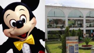 Homenaje de Municipalidad de Arequipa a Mickey Mouse genera polémica