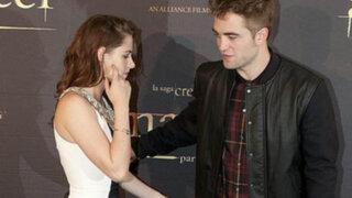 Robert Pattinson dice que le fascina el olor corporal de Kristen Stewart