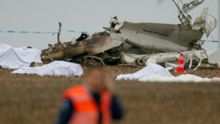 Avión con paracaidistas se estrella en Bélgica y deja once muertos