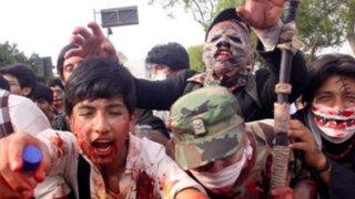 Miles de 'zombies' invadieron las calles de Santiago de Chile