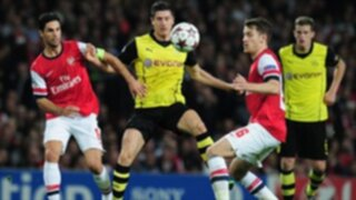 Arsenal cayó de local por 1-2 frente al Borussia Dortmund