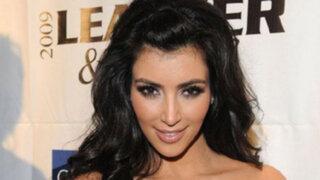 Fotografías revelan que belleza de Kim Kardashian es fruto de cirugías estéticas