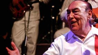 Óscar Avilés: 74 años rindiéndole homenaje al Perú a través de la música criolla