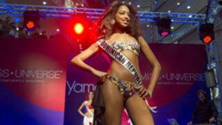 VIDEO: candidata a Miss Universo sufre aparatosa caída durante desfile en Rusia