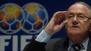 Presidente de la FIFA se burla de Cristiano Ronaldo y alaba a Messi