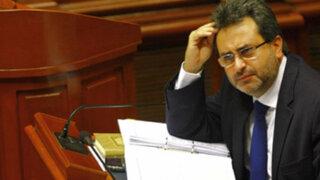 Noticias de las 6: oposición pide renuncia de Jiménez tras polémica declaración