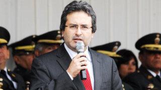 Conflictos sociales que precipitaron la salida del primer ministro Juan Jiménez