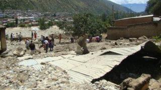 Huaico de grandes proporciones sepulta a dos trabajadores en La Libertad