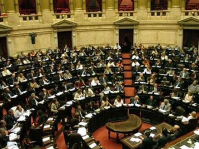 EEUU: Cámara de Representantes aprobó plan para finalizar cierre del Gobierno