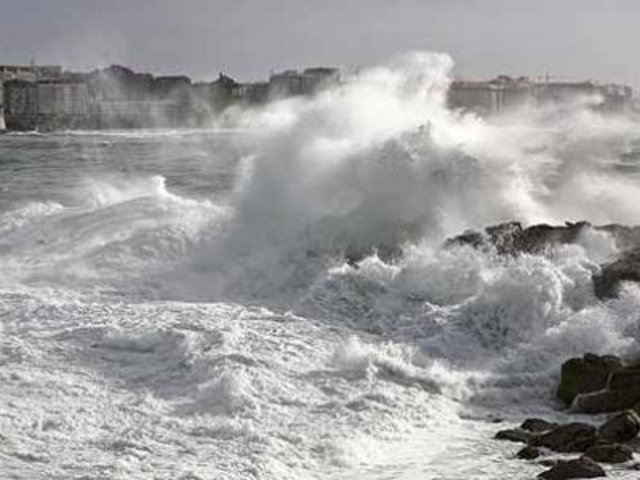 Indeci advierte que Lima registrará oleajes anómalos hasta este lunes 28