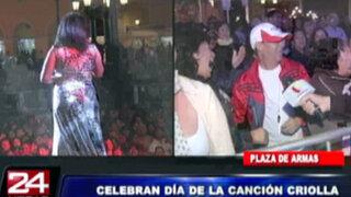 Limeños celebran el Día de la Canción Criolla en la Plaza de Armas