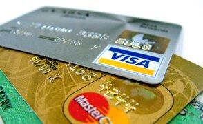 Afirman que bancos continúan cobro de membresía por uso de tarjeta de crédito