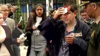 Estudiantes de la UIGV son agredidos en protesta contra rector Luis Cervantes
