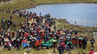 Miles de pobladores de Cajamarca llegaron a las lagunas del proyecto Conga