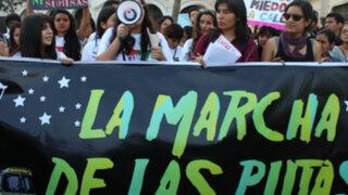 Cientos de activistas marcharon en defensa de los derechos de las mujeres