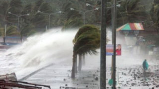 Vietnam: Evacúan 600 mil personas por llegada de supertifón Haiyan
