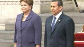 Dilma Rousseff se reúne en palacio con el presidente Ollanta Humala