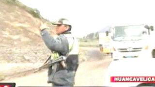 Huancavelica: delincuentes asesinan a dos policías en el interior de un bus