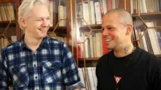 VIDEO: #Multi_Viral, la canción de Calle 13 con Julian Assange