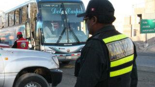La Libertad: asaltan bus con más de 50 policías a bordo