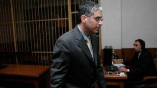 Fiscalía allanó viviendas de López Meneses para buscar equipos de espionaje