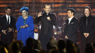 Grandes estrellas de la Música rindieron tributo a Miguel Bosé en Las Vegas