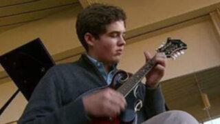 Músico por accidente: golpe en la cabeza despierta a un genio del pentagrama