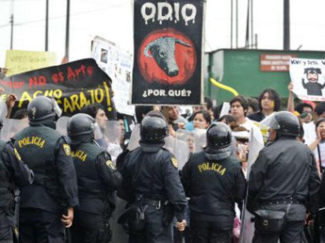 Activistas antitaurinos volvieron a manifestarse en la Plaza de Acho