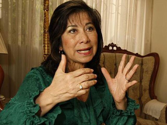 Martha Chávez denuncia que ha recibido amenazas contra su familia