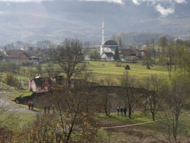 VIDEO: desaparece misteriosamente un lago en Bosnia de un día para otro